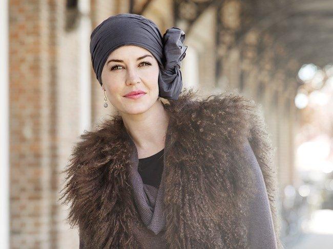 Turbante fair Fashion nero con fiocco laterale