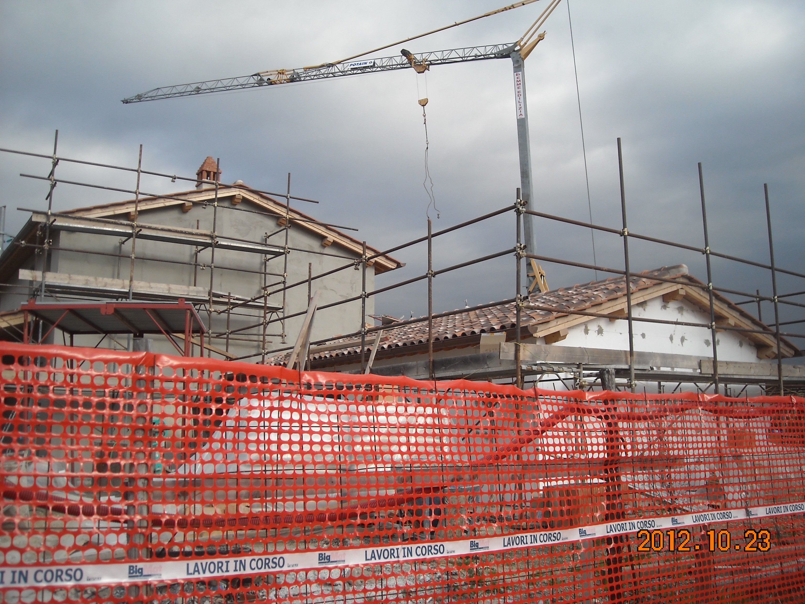 cantiere per costruzione di una casa