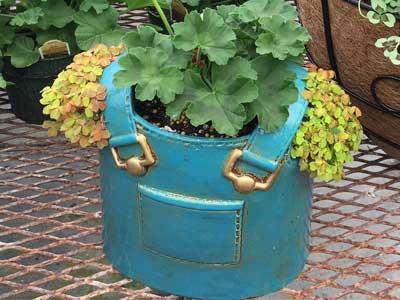 cute bib container