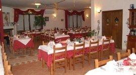 pietanze locali, piatti regionali, ristorazione