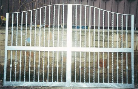 cancello ferro battuto