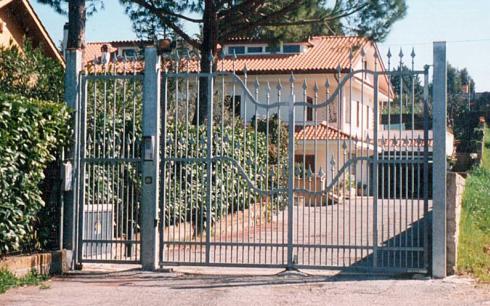 cancello doppio battente