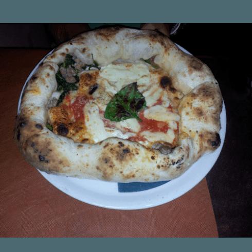 Bombetta di Totò, pizzeria, boccuccia di rosa