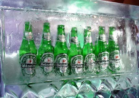 Chilled Heineken beer available served with Italian food in Kihei, HI
