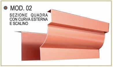 Sezione quadra con curva esterna e scalino