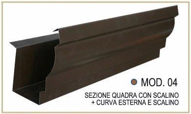 Sezione quadra con scalino + curva esterna e scalino