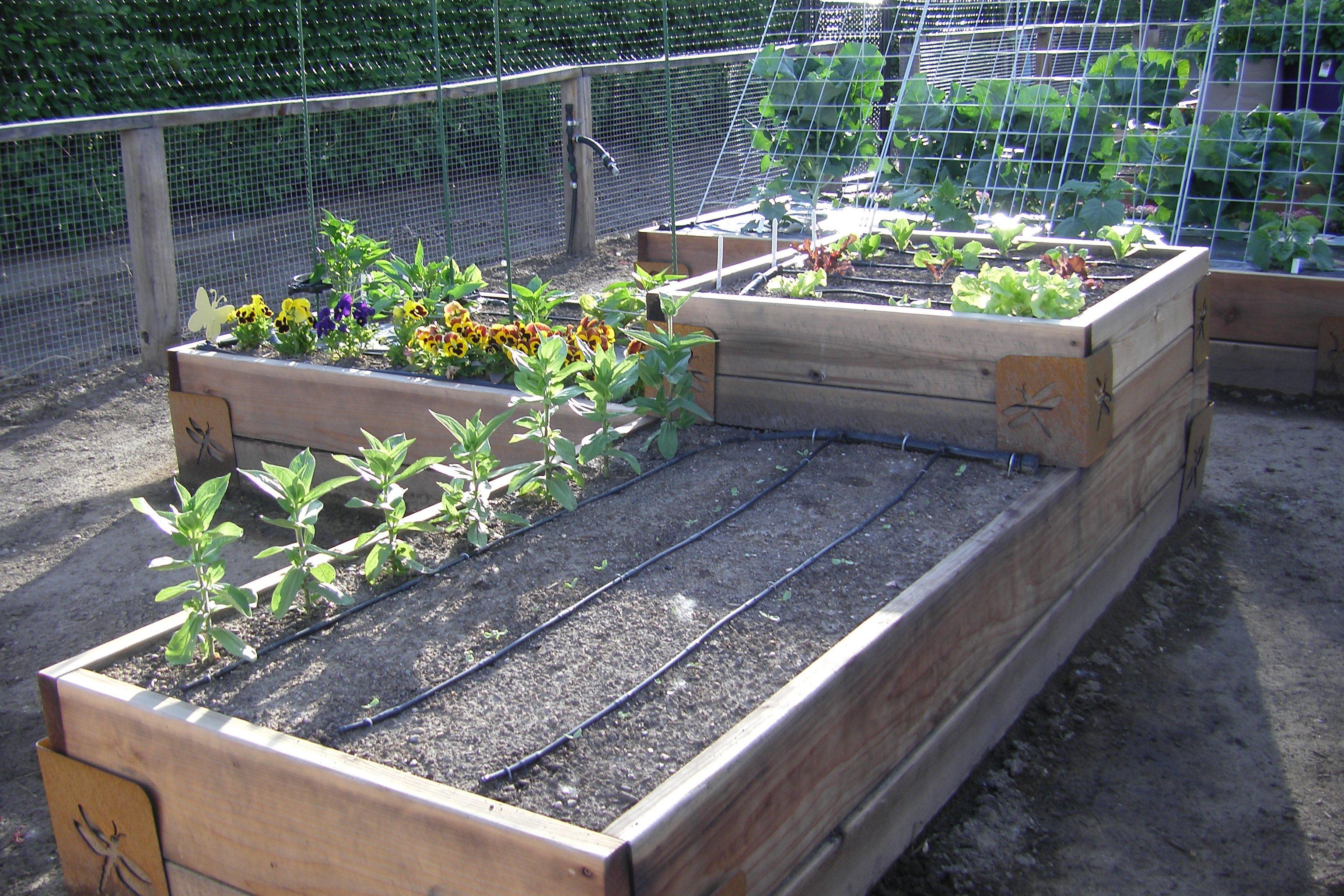 Garden Bed Brackets