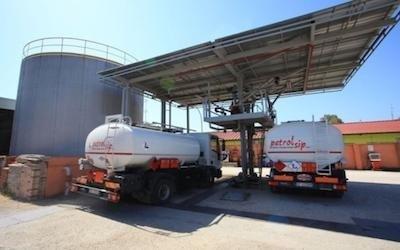 Mezzi distribuzione gasolio