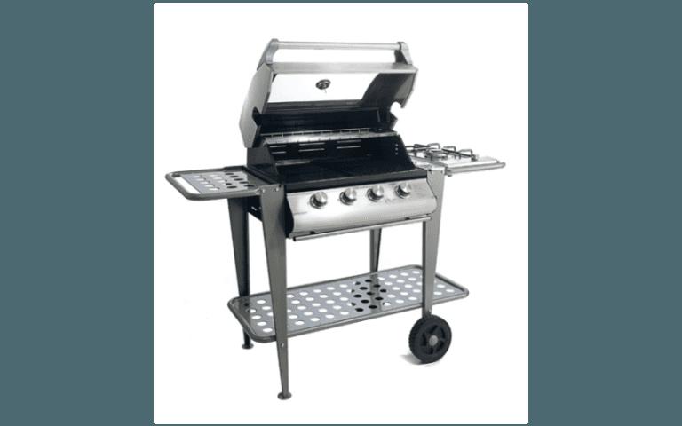 barbecue in acciaio con finiture nere