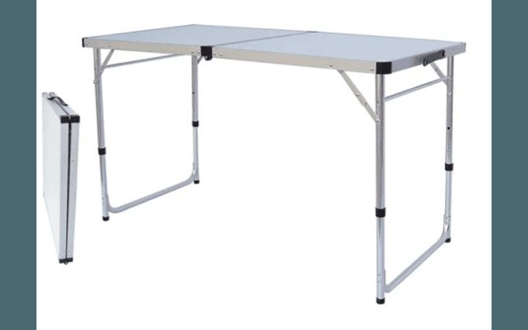 tavolo bianco per esterni