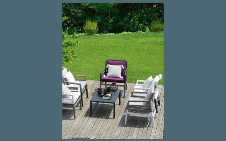 sdraio e poltroncine da giardino