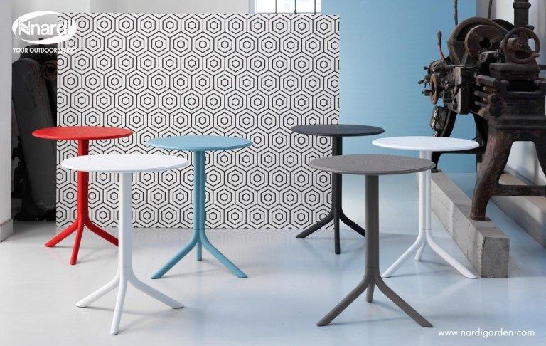 tavolini colorati per esterni