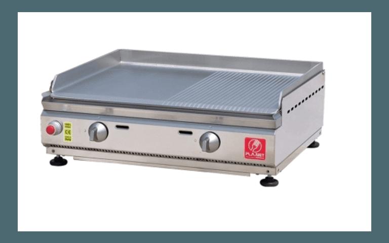 piano barbecue in acciaio