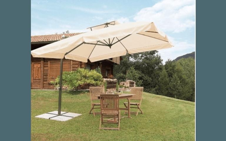 Ombrelloni con albero centrale torino camping market for Arredo giardino torino