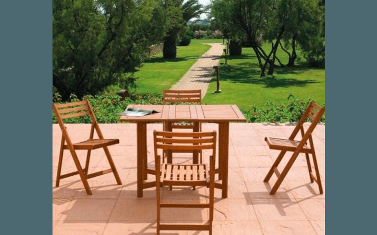 sedie in legno per giardino