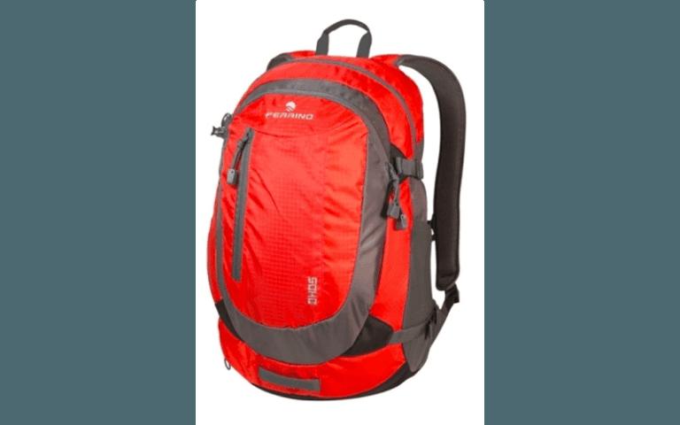 zaino rosso per trekking