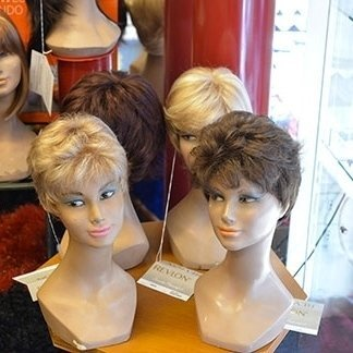 negozio di parrucche