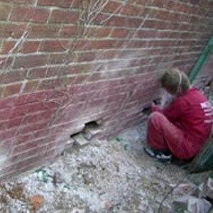 wall insulation removal