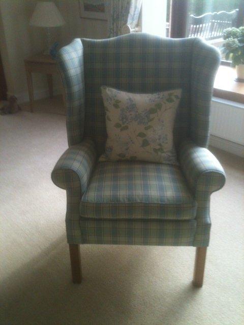 single cushion chair