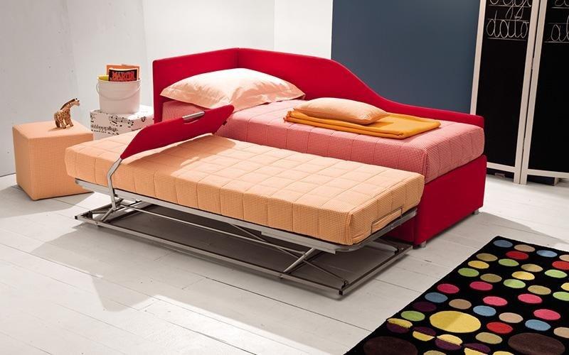 cameretta con letto estraibile