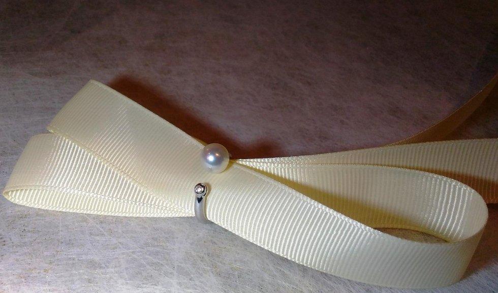 Anello perla giappone e diamante