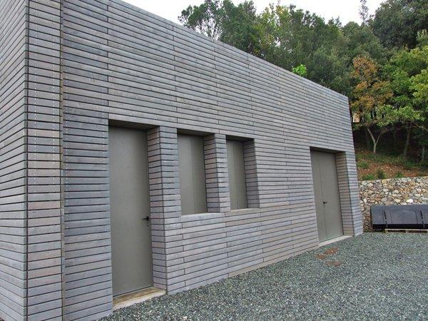 parete grigia