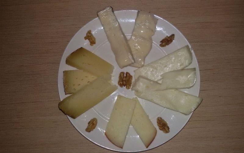selezione formaggi tipici
