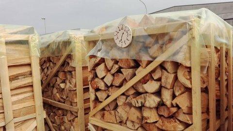 Pallet di legna