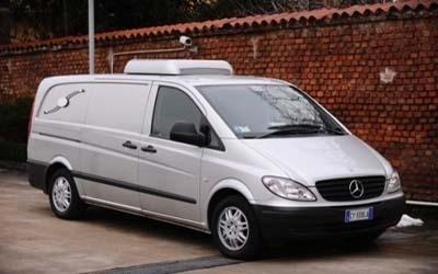 furgone agenzia funebre