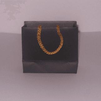 sacchetto automatico nero e corda dorata