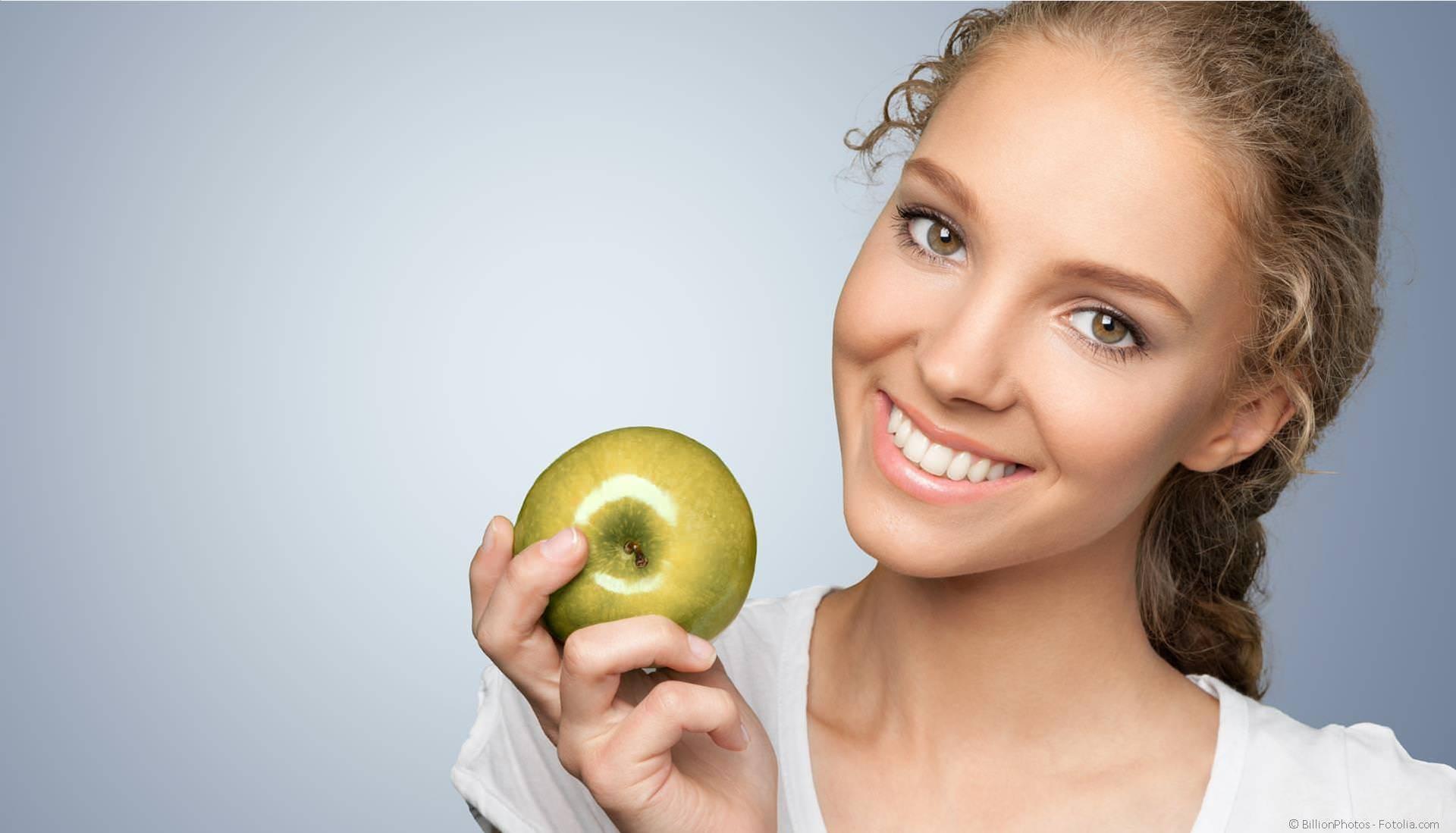 Gesunde Zähne und gesundes Zahnfleisch mit Prophylaxe und Professioneller Zahnreinigung (PZR)