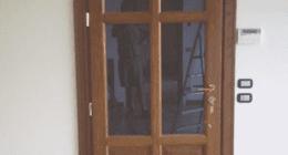porta con inserti in vetro, porte interne, porte in legno