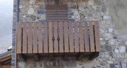balcone in legno, persiane, lavorazione legno