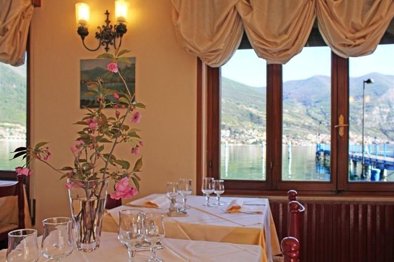 ristorante sul lago