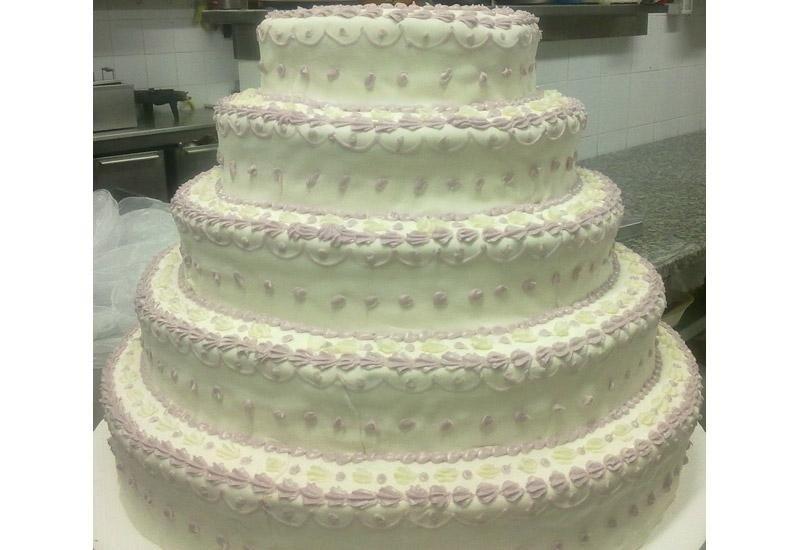 Torta nuziale a 5 piani