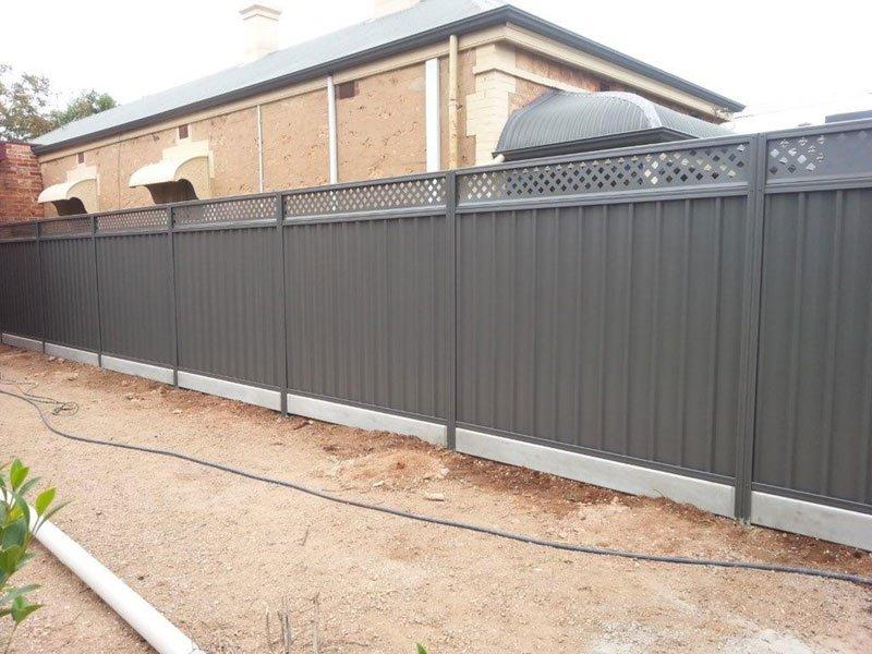 nice black fence in new yard