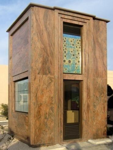 Cappella in marmo moderna