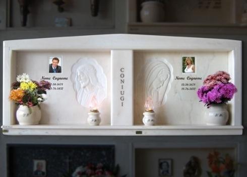 Articoli di arte funeraria