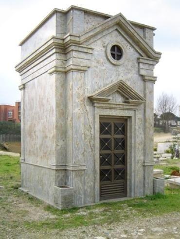 Cappella in marmo grigio