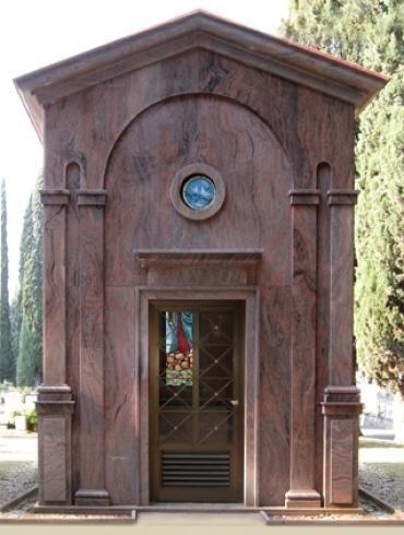 Cappella in marmo venato