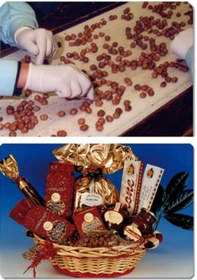 donna che prepara dei cioccolatini