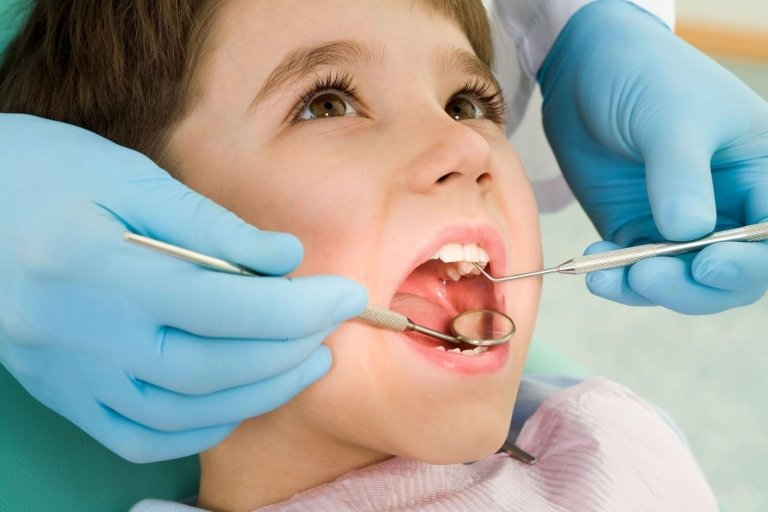 controllo dentistico
