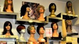 riparazione di parrucche