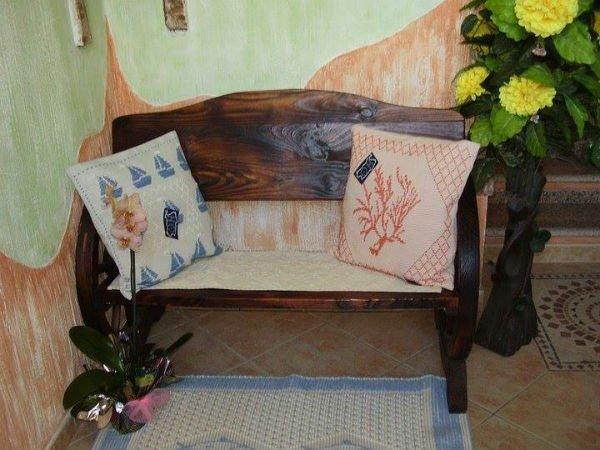 Cuscini e tappeto artigianali