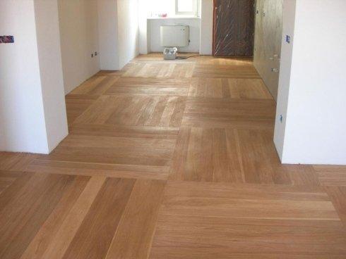 Fornitura di listoni per pavimenti in legno