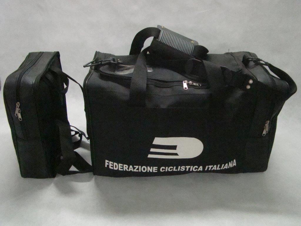 Borsa sportiva doppia tasca a Roma