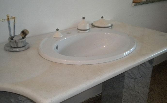 piano-bagno-in-marmo