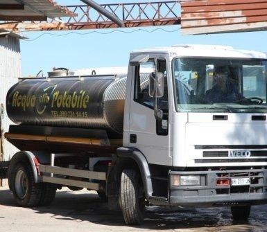 Automezzo per acqua potabile
