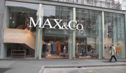 insegna MAX&Co.