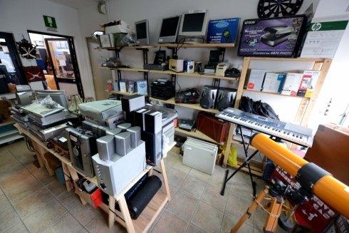 Utensileria, informatica, elettronica